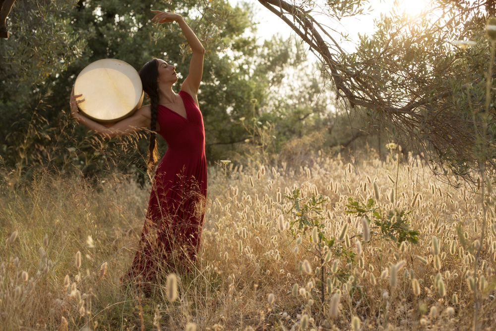 From a well to a sacred circle of dance with Miriam